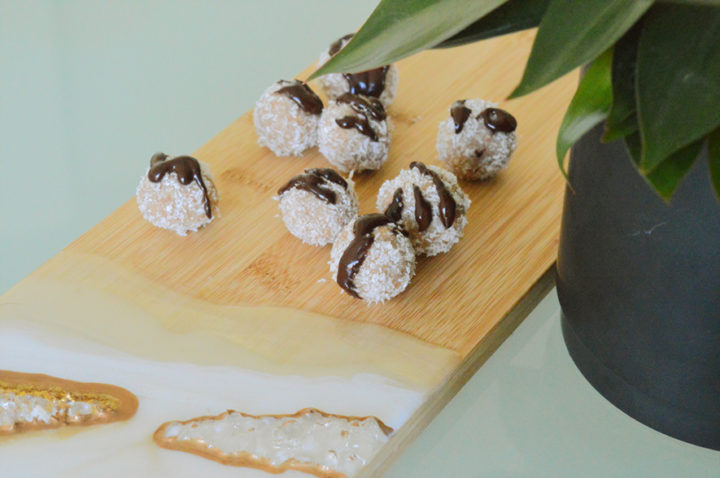 Almond coconut snowballs