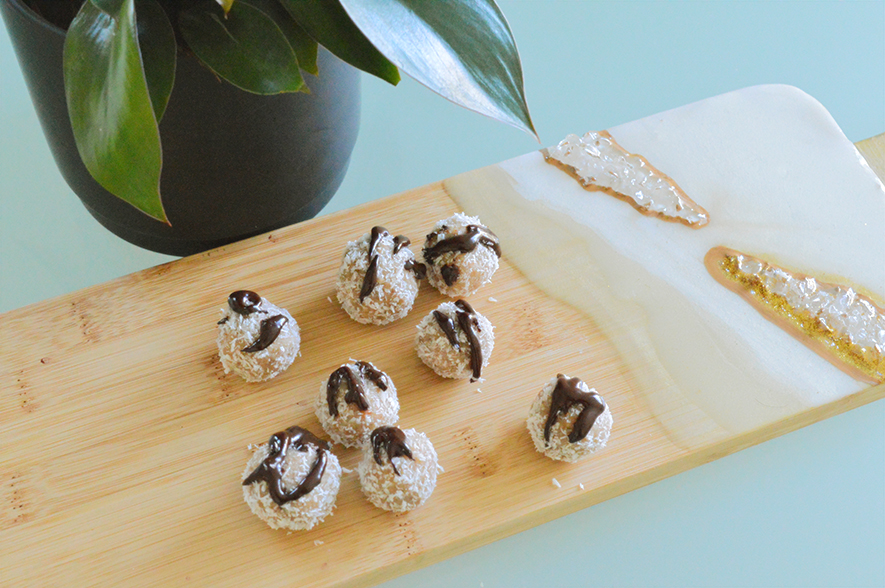 almond coconut snowballs 3